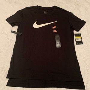 Nike Tee w/ Embroidered Sneakers